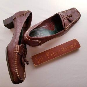 Aerosoles Womens Heeled Loafers w/ Tassels 9M